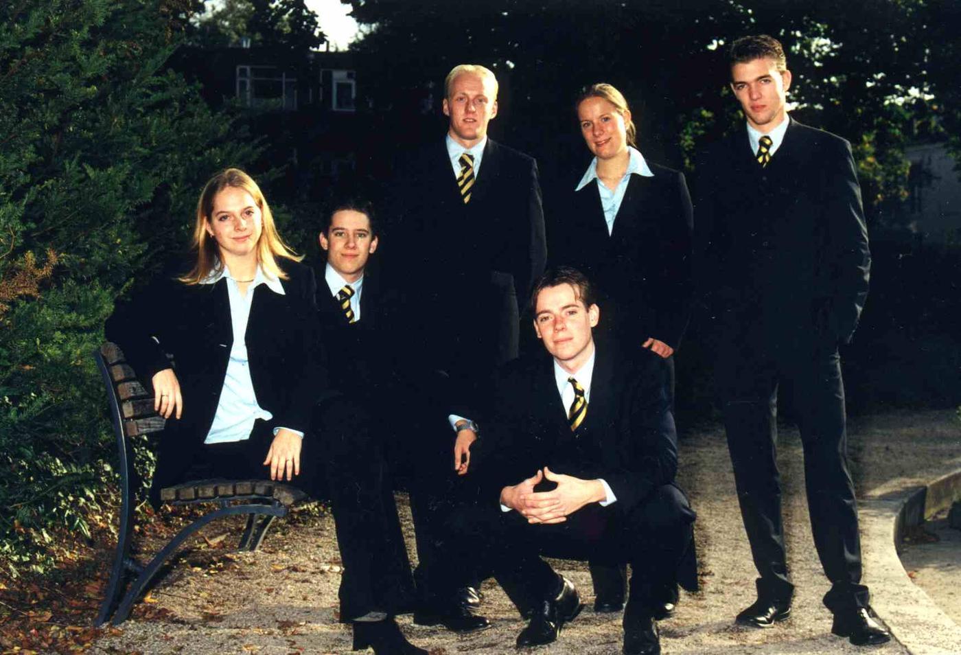 Bestuur_2001-2002.jpg